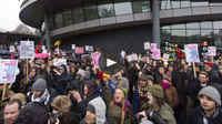 Thousands gather in London to protest against lack of affordable housing